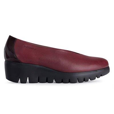 1d270e2e958 Zapatos RUBI con suela con tecnología Wonders Fly de Wonders.